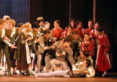How are Romeo and Tybalt different?